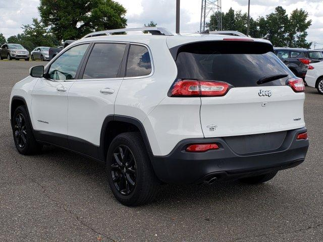 Pre-Owned 2016 Jeep Cherokee FWD 4dr Latitude