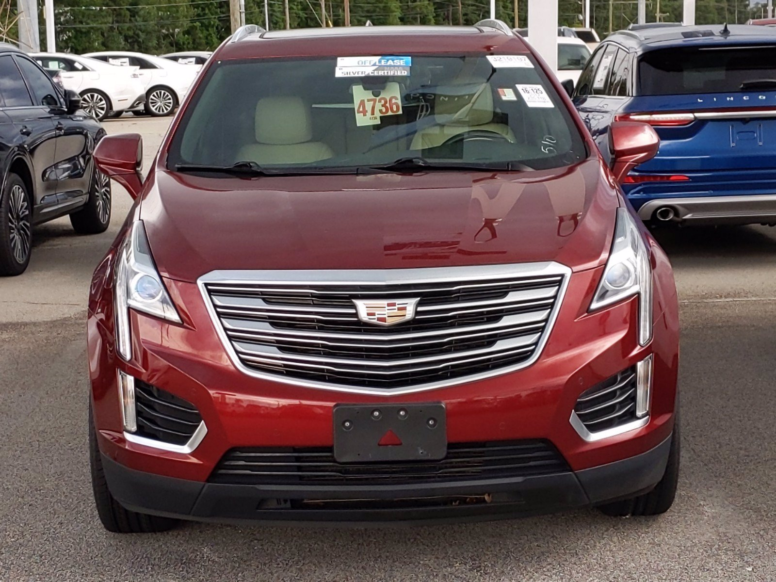 Pre-Owned 2017 Cadillac XT5 Luxury AWD AWD