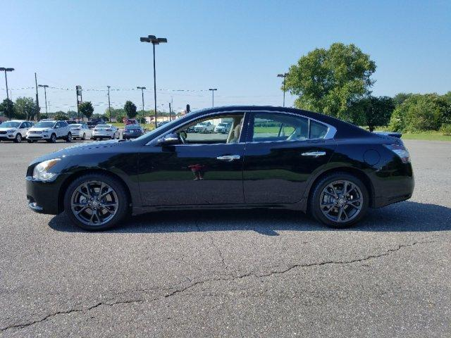 Pre-Owned 2012 Nissan Maxima 4dr Sdn V6 CVT 3.5 S w/Limited Edit
