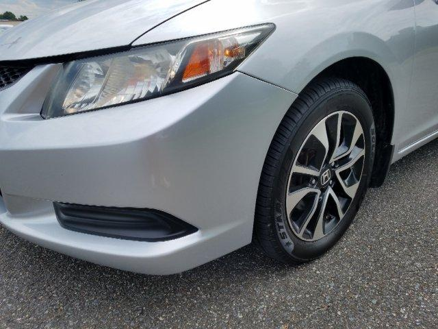 Pre-Owned 2013 Honda Civic 2dr Auto EX
