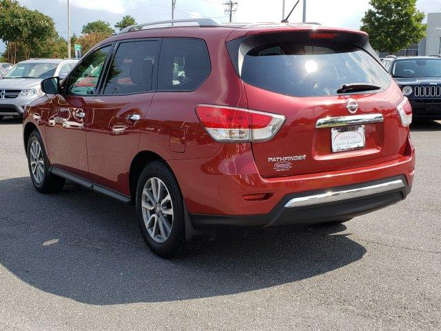Pre-Owned 2016 Nissan Pathfinder 2WD 4dr S