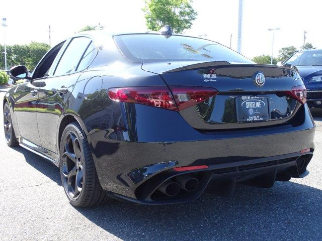 Pre-Owned 2017 Alfa Romeo Giulia Quadrifoglio Performance Brake Pkg